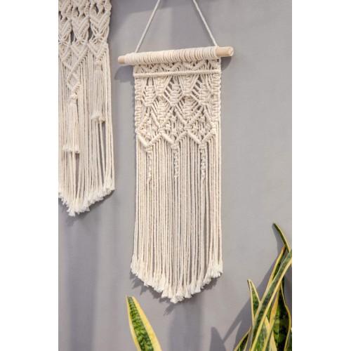 Boho-chic Macrame Wall Hanging